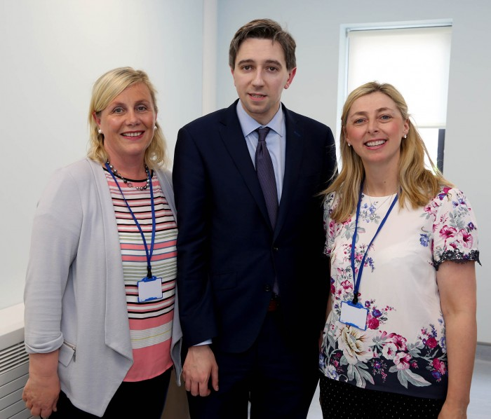 Minister Simon Harris with Miriam Doherty & Ann Marie Walsh